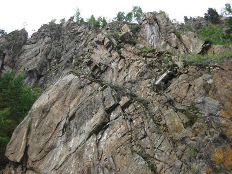 Rocks - Tourism on Lake Baikal